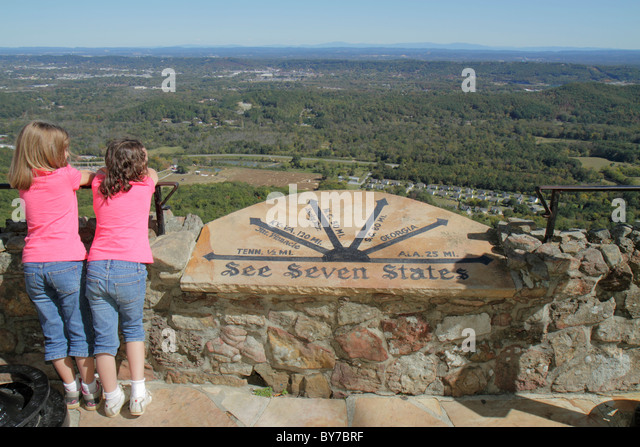 Georgia Lookout Mountain Rock City Lover's Leap seven states roadside attraction panoramic view coin-operated - Stock Image