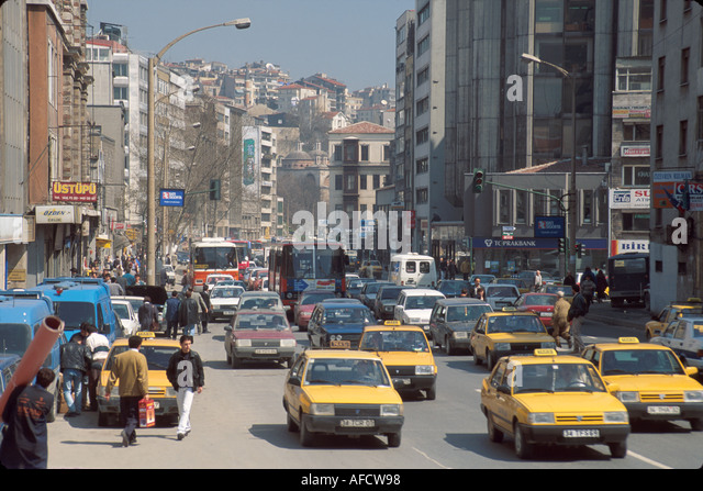 Turkey Istanbul Karakoy Quarter Galipdede Cadessi taxis traffic - Stock Image