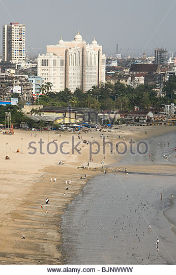 Mumbai beach and cityscape - Stock Image
