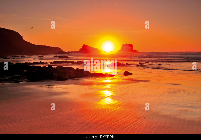Portugal, Algarve: Sundown at Praia do Amado - Stock Image