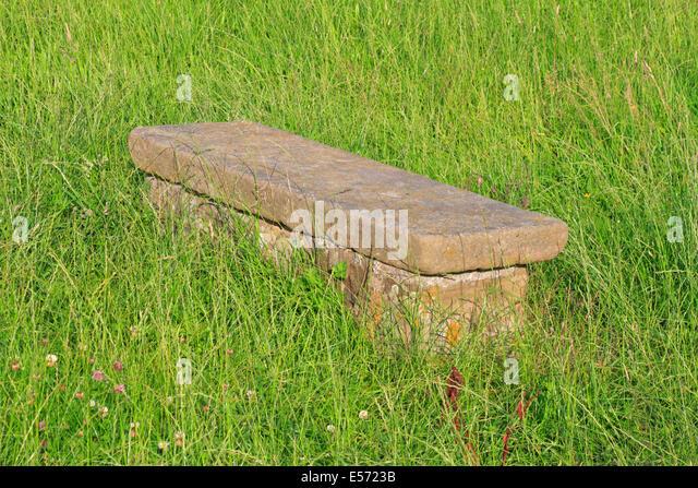 Humphrey Merrill's tomb in Eyam plague village, Derbyshire, Peak District National Park, England, UK. - Stock Image