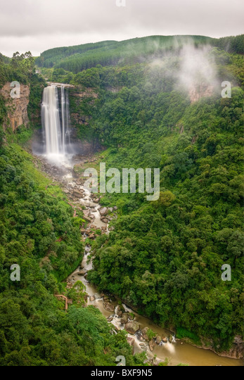 Karkloof Falls plunging 88 metres into the Karkloof Valley. Howick. KwaZulu Natal Midlands, South Africa. - Stock Image