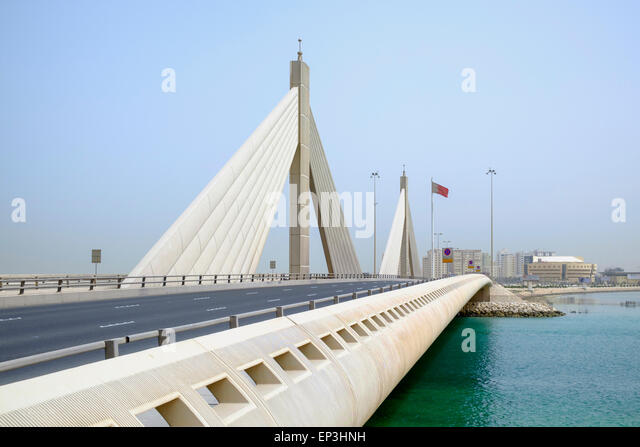 Sheikh Isa bin Salman Causeway Bridge, linking  Manama and Muharraq Island in Kingdom of Bahrain - Stock Image