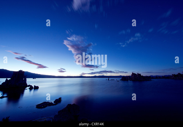 Tufa rock formation, mono lake, california, usa - Stock Image