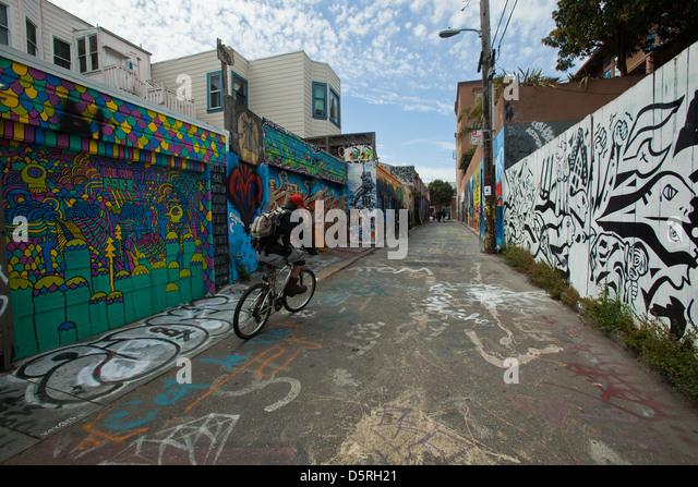 Clarion stock photos clarion stock images alamy for Clarion alley mural project