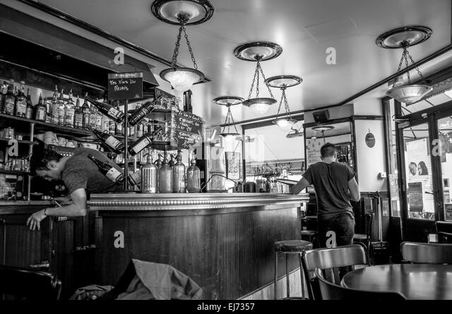 Ej Cafe Paris
