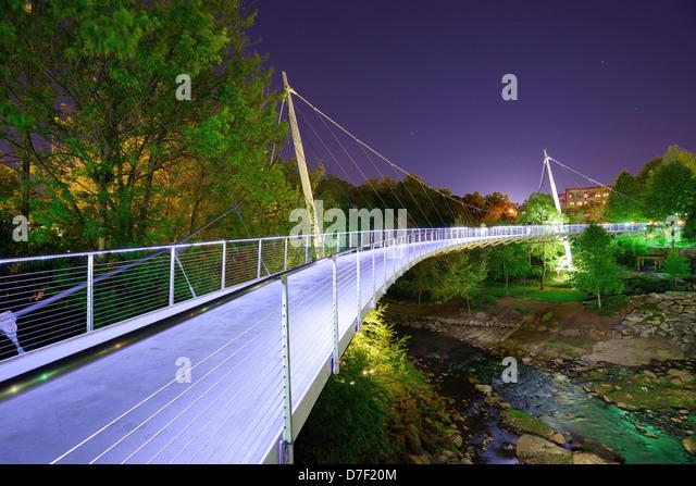 Liberty Bridge in Falls Park, Greensville, South Carolina. - Stock Image