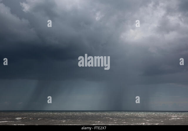 Heavy Rain Storm Stock Photos & Heavy Rain Storm Stock ...