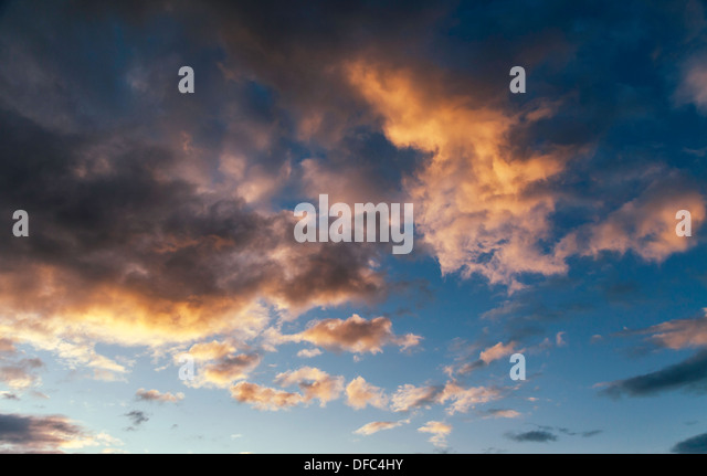 DRAMATIC CLOUDS AT SUN SET UK - Stock Image