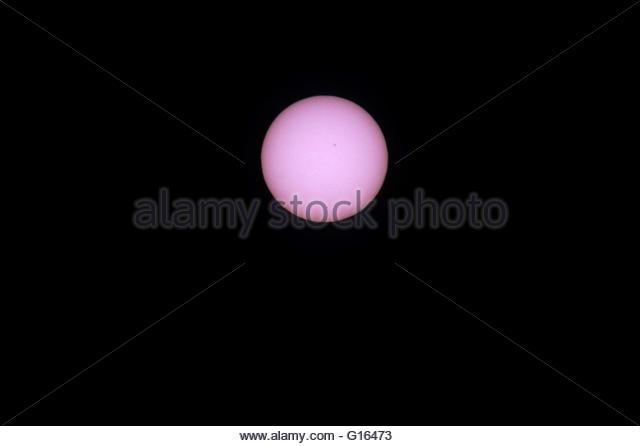 Newcastle upon Tyne,Great Britain. May 9th, 2016. UK, Newcastle upon Tyne: Mercury passes across the sun on May - Stock Image