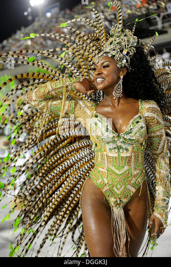 Samba dancer, actress Cris Viana, queen of the drum section, Rainha da Bateria, parade of the Imperatriz Leopoldinense - Stock-Bilder