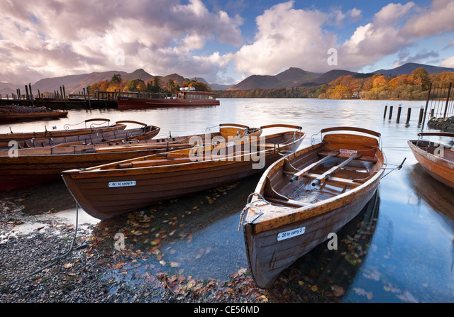 Rowing Boats on Derwent Water at Keswick, Lake District, Cumbria, England. Autumn (November) 2011. - Stock Image