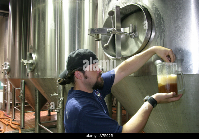 Virginia Ashburn Old Dominion Brewing Company brewery worker beer - Stock Image