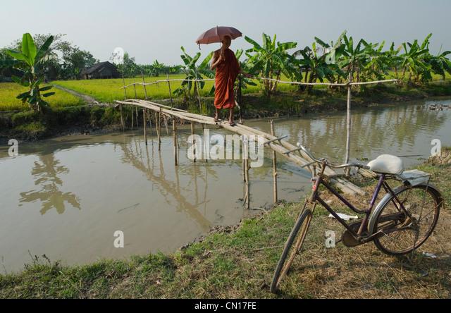 Myanmar Celebrities photos - Home | Facebook