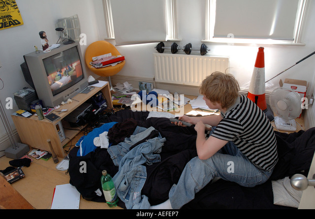 Adolescent Messy Room Stock Photos & Adolescent Messy Room ...
