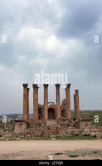 The temple of Artemis in the ancient Roman city of Jerash in Jordan. - Stock Image