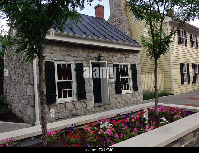 Hill's Keep, an early 19th century stone building located on the Old Town pedestrian mall, Winchester, Virginia - Stock Image