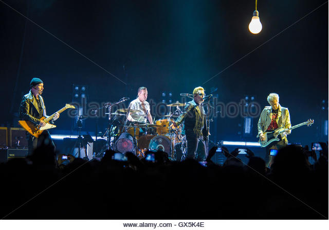 U2 performing live at 3Arena, Dublin, Ireland on November 24th 2015 © Shaun M. Neary - Stock Image
