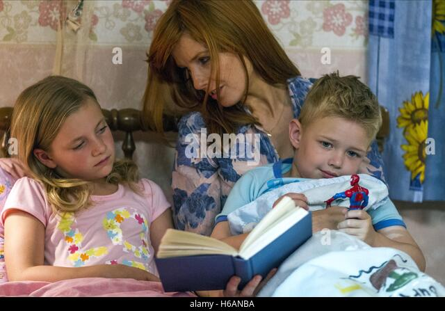 LANE STYLES KELLY REILLY & CONNOR CORUM HEAVEN IS FOR REAL (2014) - Stock-Bilder