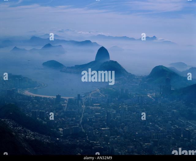 City Skyline & Sugar Loaf Mountain, Rio de Janeiro, Brazil - Stock Image