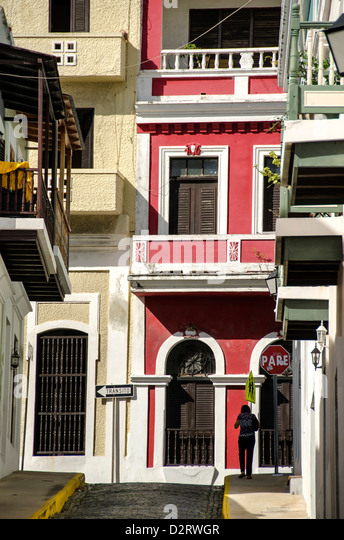 Colorful street scene in the colonial city of Old San Juan, Puerto Rico - Stock Image
