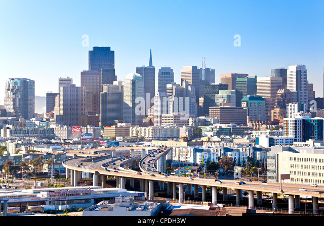 San Francisco skyline seen from Protero Hill neighborhood with traffic on the Highway, San Francisco, California, - Stock Image