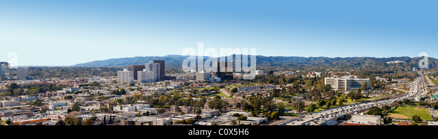 Panoramic view of West Los Angeles (including Brentwood) showing San Diego Freeway (405) and Santa Monica Mountains - Stock Image