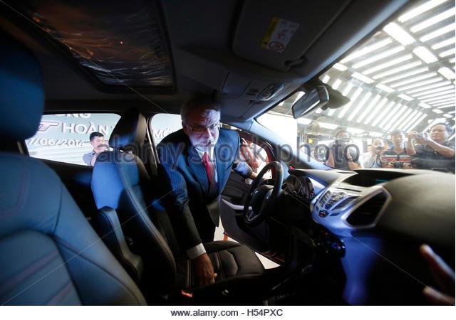 Cabin checks stock photos cabin checks stock images alamy - Vietnam airlines kuala lumpur office ...