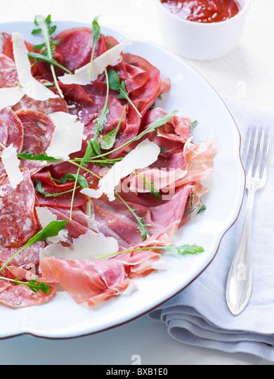 how to cut a prosciutto ham
