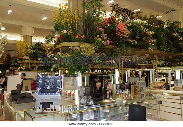Manhattan New York City NYC NY Midtown 34th Street Macy's retail chain Herald Square department store Flower - Stock Image