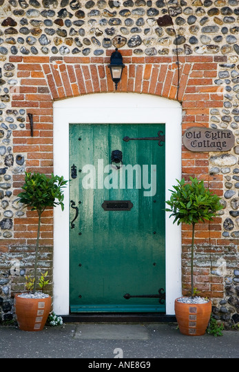 Front Door Country Cottage Stock Photos Front Door Country Cottage Stock Images Alamy