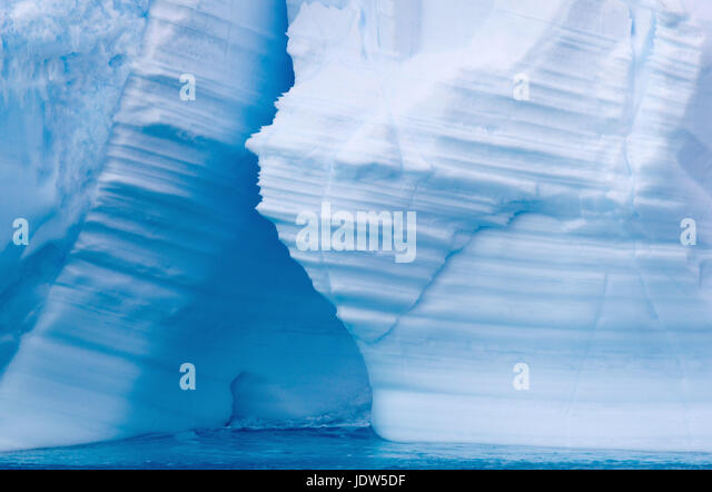Iceberg, ice floe in the Southern Ocean, 180 miles north of East Antarctica, Antarctica - Stock-Bilder