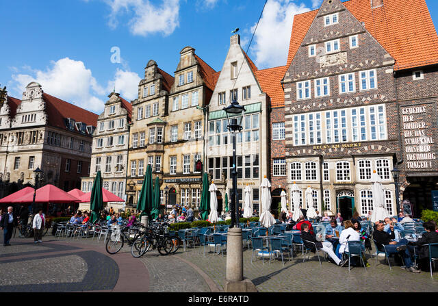Cafes in the Markt place, Bremen, Germany - Stock Image