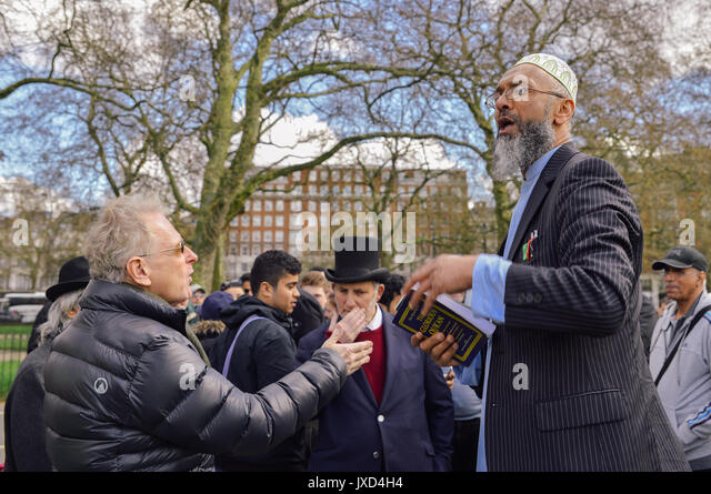 north hyde park muslim personals Yasmin seweid, an 18-year-old muslim college student in new york, is being charged with filing a false report after she admitted that she made up an incident.