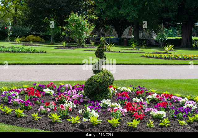 Flower beds botanical garden stock photos flower beds for Green plants for flower beds