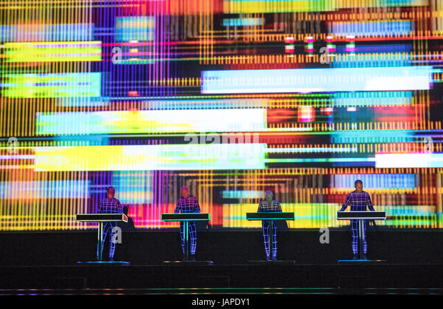 Brighton, UK. 7th June 2017,Kraftwerk perform's  Kraftwerk 3-D  at The Brighton Centre, Brighton, UK. Credit: - Stock-Bilder