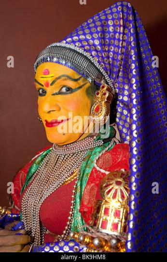 Male Kathakali Dancer dressed as Lalitha a beautiful girl, Fort Cochin, Kerala, India - Stock-Bilder