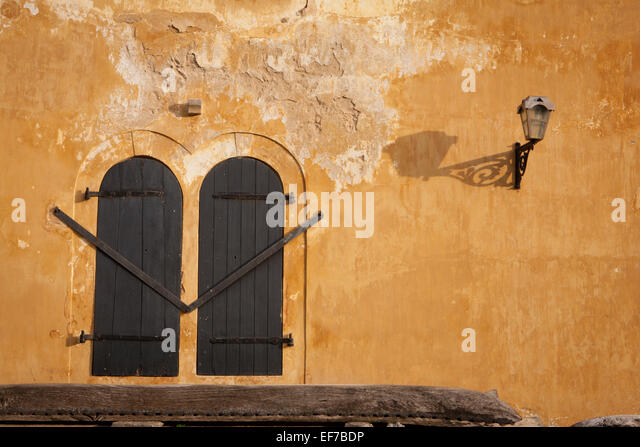 COLONIAL ARCHITECTURE IN GALLE FORT - Stock Image