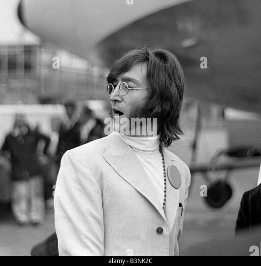 A biography of song writer and musician john lennon