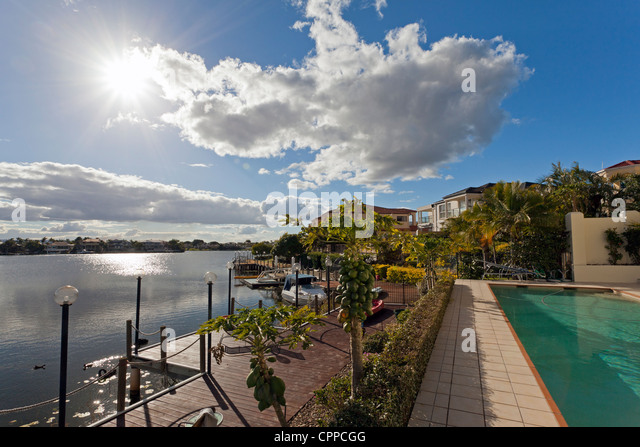 View of luxurious waterfront houses - Stock-Bilder