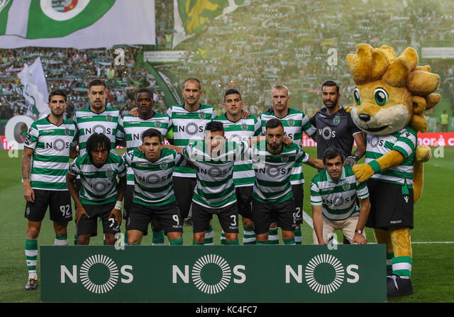 Lisbon, Portugal. 01st Oct, 2017. Sporting«s inicial team during Premier League 2017/18 match between Sporting - Stock Image