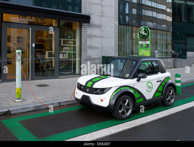 electric car vehicle charge charging recharging eu - Stock Image