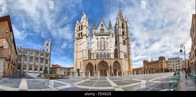 Panorama of Plaza de Regla and Leon Cathedral, Castile and Leon, Spain - Stock Image
