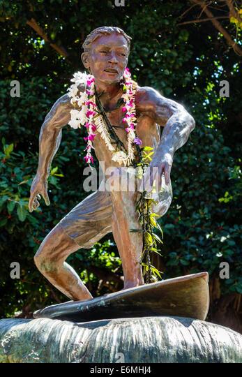 Hawaii Hawaiian Honolulu Waikiki Beach Sans Souci State Recreational Park statue bronze Surfer on a Wave sculptor - Stock Image