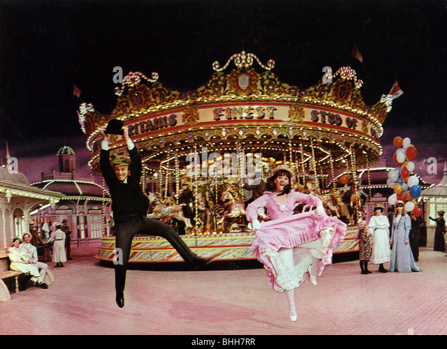 HALF A SIXPENCE - 1967 Paramount film with Tommy Steele and Julia Foster - Stock Image