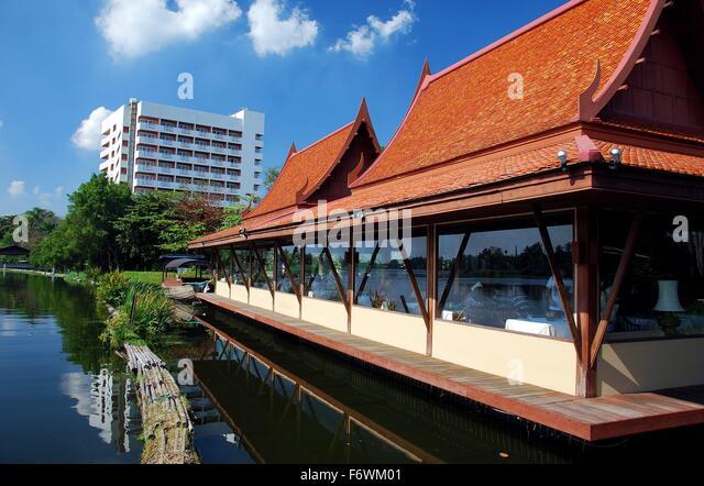 Riverside dining stock photos riverside dining stock for Angel thai cuisine riverside