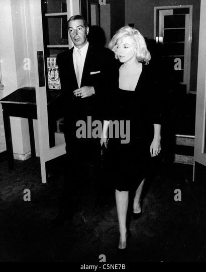 marilyn monroe with joe di maggio, 1953 - Stock Image