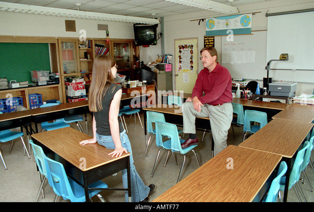 empty classroom with teacher - photo #28