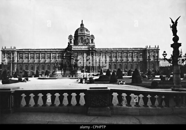 Art-history museum in Vienna, 1938 - Stock Image