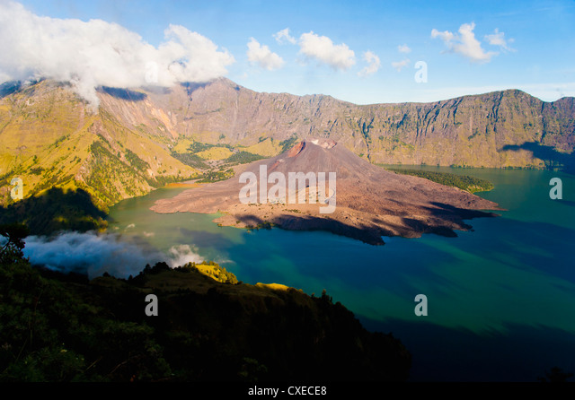 Mount Rinjani caldera, Segara Anak lake and the active volcano, Gunung Baru, Lombok, Indonesia, Southeast Asia, - Stock Image